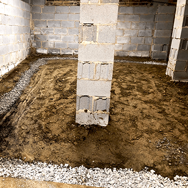 Wet Crawl Space | Crawl Space Waterproofing | Dry Otter Denver, NC